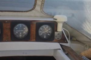 L'anémomètre donne la vitesse du vent (à droite). Là, il n'y a presque rien...