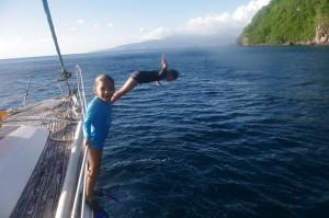 Les enfants en ont profité pour plonger (ils ne s'en lassent décidément jamais...) dans les eaux à 29 ou 30 degrés.